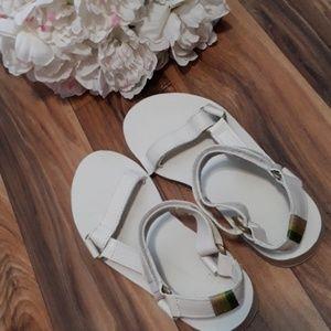 Teva   White Multicolored Thread  Sandals